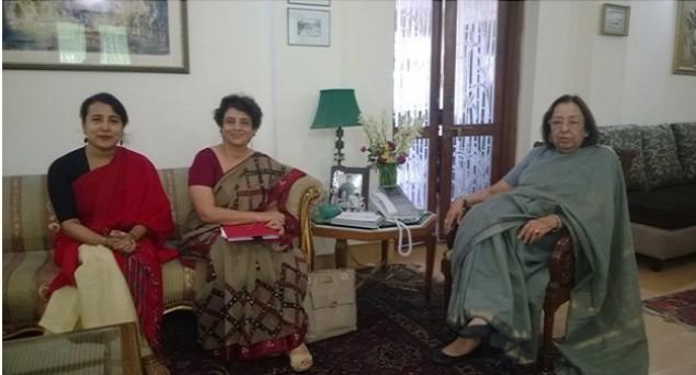 Baha�is meet Modi minister, demand minority status